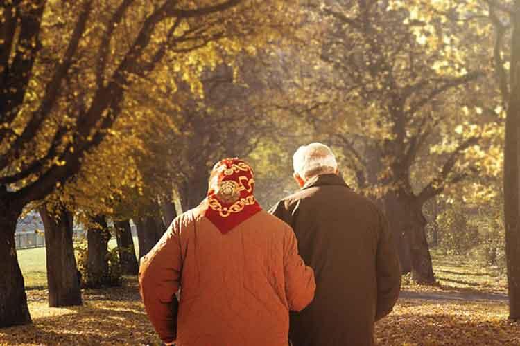 Šta je obuhvaćeno cenom doma za stare, a šta plaćate dodatno?