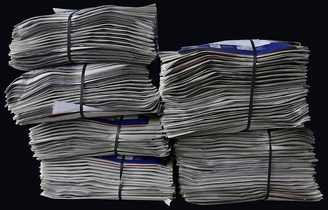 newspapers-2586621_640