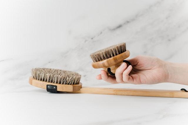 Zašto je važno redovno čišćenje nameštaja?
